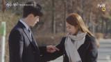 유인나, 이동욱 코트에 손을 쏘옥♥ #피식록