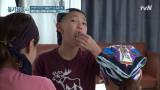 본격 만두 먹고 싶어지는 영상! 과연 직접 만든 만두의 맛은?